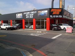 awesome autos is a second hand car dealer/car dealership in Goodwood, Western Cape.