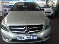 Jona autos investment is a second hand car dealer/car dealership in Bedfordview, Johannesburg, Gauteng.