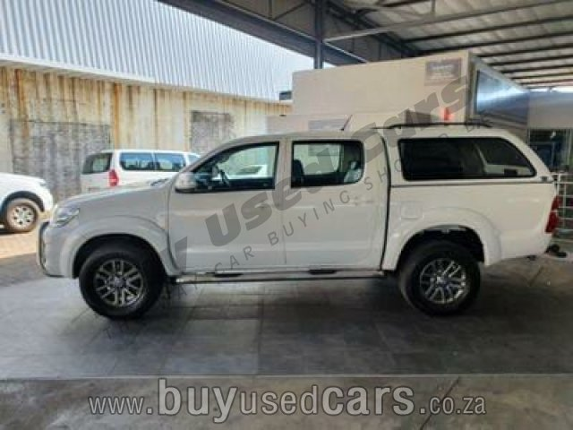 Toyota-Hilux-3.0 D4D DAKAR D/Cab Manual 2012 for Sale in Free State-Belmont (166271)